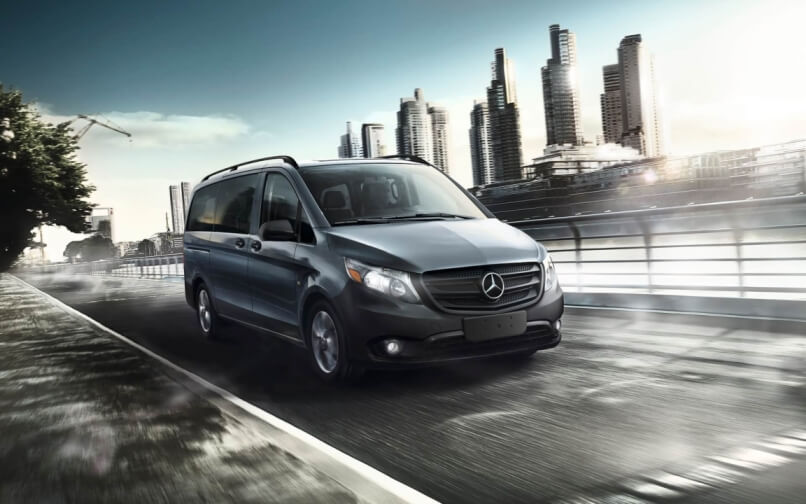 220910_2016_Mercedes-Benz_Sprinter